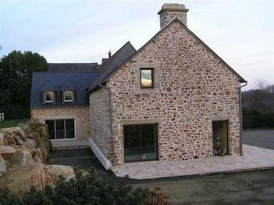 Rénovation d''une maison en pierre à Quévert